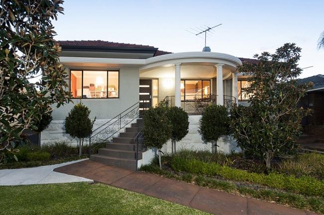 The modern art deco house house nerd for Modern art deco homes